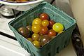 Différentes tomates cerises au marché de Sorgues.jpg