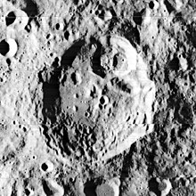多普勒环形山
