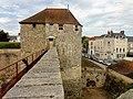 Dourdan (91), château, châtelet, côté sud.JPG