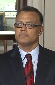 Edward Montgomery at Obama Press conference, March 30, 2009.jpg