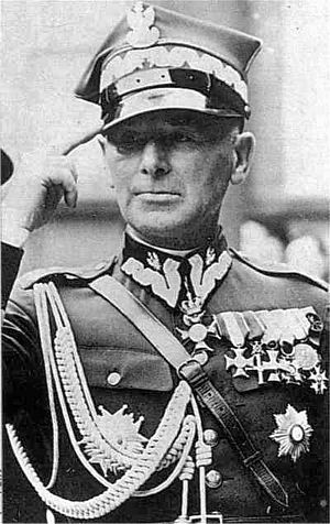 1st Legions Infantry Division (Poland) - First commandant of the division, Edward Rydz-Śmigły
