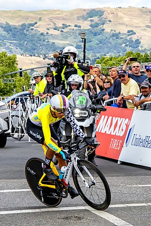 Egan Bernal crono California.jpg