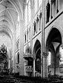 Eglise Saint-Germain - Nef vue de l'entrée - Dourdan - Médiathèque de l'architecture et du patrimoine - APMH00035954.jpg