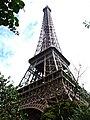 Eiffel Tower à Paris.jpg