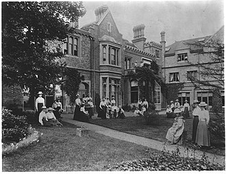Allenswood Boarding Academy - Image: Eleanor Roosevelt's Allenswood Academy in Wimbldon 01