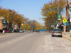 Iowa Highway 4 - Iowa 4 along Broadway in Emmetsburg