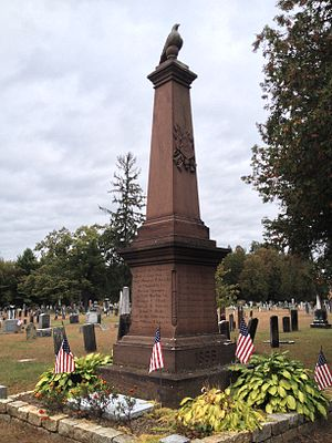 Center Cemetery (Southampton, Massachusetts) - Soldiers' Monument at the cemetery entrance