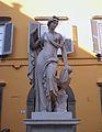 Estàtua d'una font a la Piazza del Salvatore, Lucca.JPG