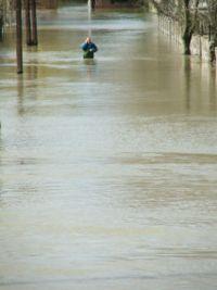 Наводнение Википедия Причины наводнений править править код