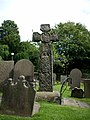 Eyam Cross - panoramio.jpg