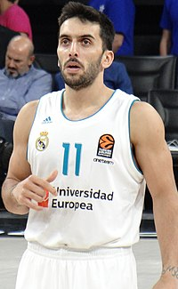 Facundo Campazzo 11 Real Madrid Baloncesto Euroleague 20171012.jpg