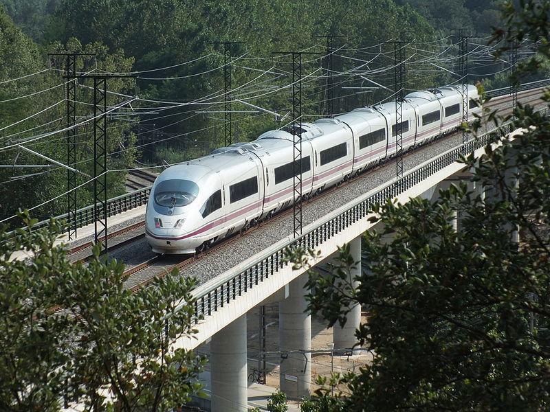 File:Fast Train Spain Class 103 AVE Siemens Bridge Macanet-Massanes.JPG