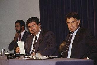 Turgut Özal - Turgut Özal and Felipe González at Moncloa Palace, September 1989.