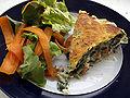 Flickr - cyclonebill - Salat og lasagne med laks, spinat og kydderurtepastaplader.jpg