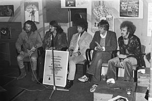 Bernie Leadon - The Flying Burrito Brothers (Amsterdam, 1970). From left to right: Sneaky Pete Kleinow, Rick Roberts, Chris Hillman, Michael Clarke and Bernie Leadon