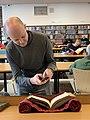 Fonds ancien (bibliothèque municipale de Lyon) - Romain Behar et livre ancien.jpg