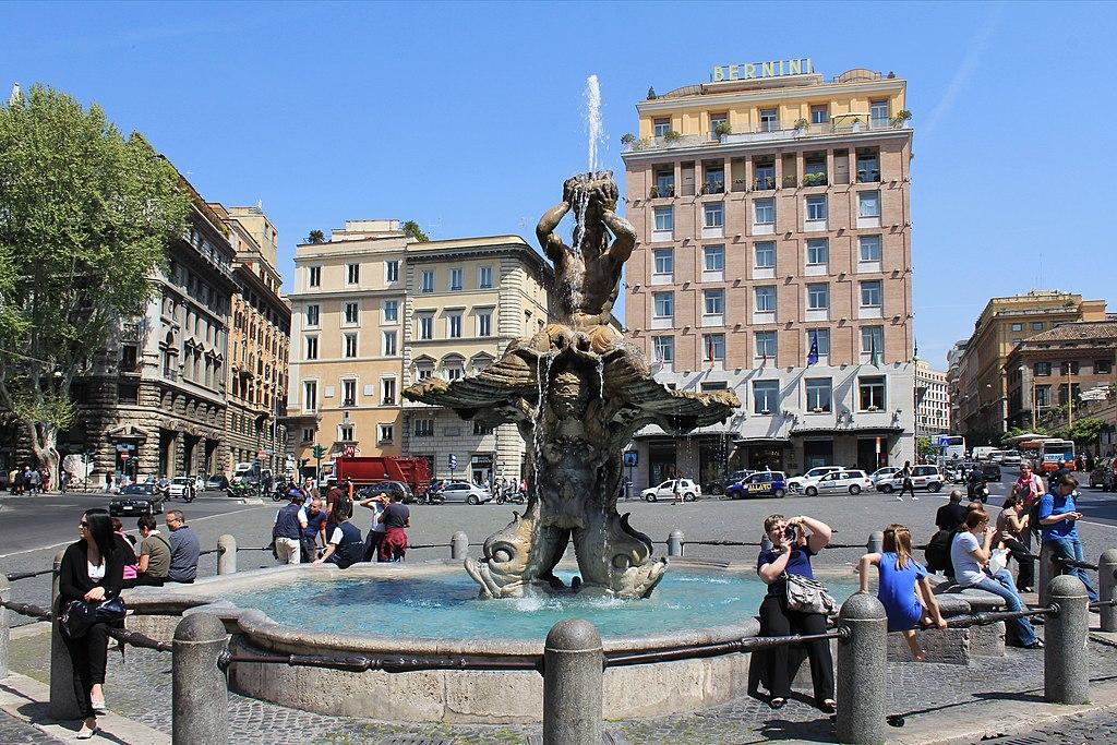 Piazza Barberini och Triton Fountain