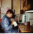 Fotothek df n-17 0000026 Elektronikfacharbeiter.jpg
