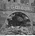 Fotothek df ps 0000081 002 Ruine der Bärenschänke, Portalgewände mit Koch undKel.jpg