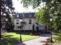 Franconville - Ancienne mairie - Facade est.jpg