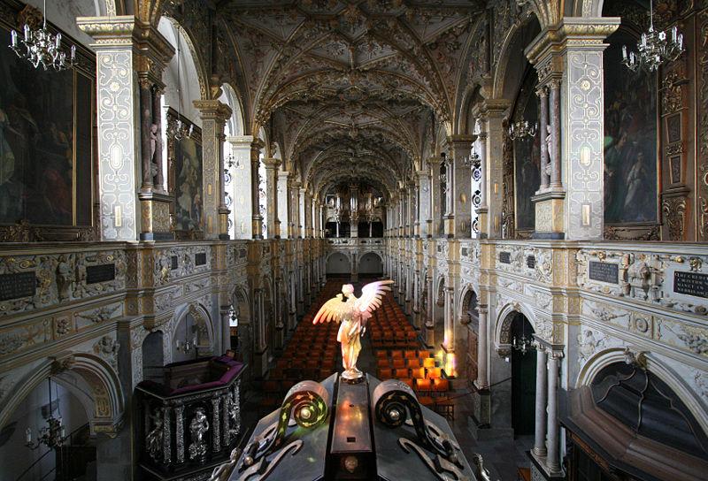 File:Frederiksborg Slotskirke Hilleroed Denmark interior from altar wide.jpg