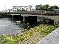 Galway - Wolfe Tone Bridge bei Ebbe - panoramio.jpg