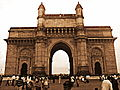 Gateway of India on a clear evening.jpg