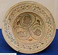 Gela, scodella in protomaiolica di tipo gela 2, 1233-1275 ca., da mus. reg. ceramica di caltagirone.JPG