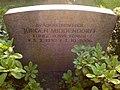 Grabstein Jürgen Middendorff Brauereibesitzer Königlich Norwegischer Konsul Herrenhäuser Friedhof Hannover.jpg