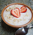 Granola and Strawberry (4780805838).jpg