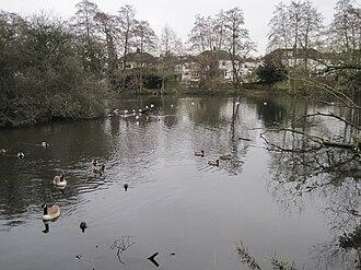 Greenhill Gardens, New Barnet - Image: Greenhill Gardens birds