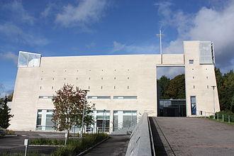 1993 in architecture - Image: Hämeenkylän kirkko