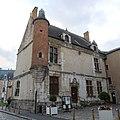 Hôtel Pisseleu Étampes 4.jpg