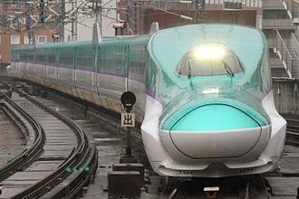 Hokkaido Shinkansen - An H5 series Shinkansen undergoing testing in November 2015