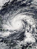 Hagupit 2014-12-04 0438Z.jpg