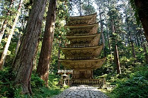 Five-storied Pagoda, Hagurosan 日本語: 羽黒山五重塔