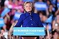 Hillary Clinton (30765365315).jpg