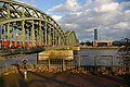 Hohenzollern Brücke in Köln - panoramio.jpg