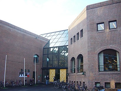 How to get to Holstebro Bibliotek with public transit - About the place
