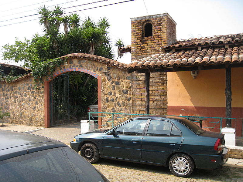 File:Hostal Concepcion de Ataco.jpg