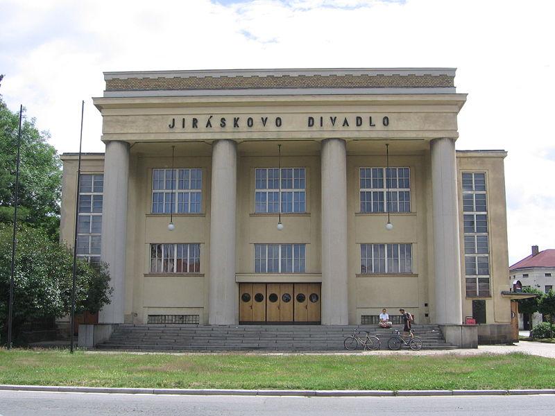 File:Hronov - Theatre.jpg
