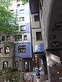 Hundertwasserhaus Wien, September 2018 (16).jpg