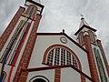 Igreja Matriz de Chapecó, enfeitada para a final da Recopa Sul-Americana.jpg