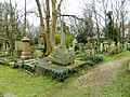 Images from Highgate East Cemetery London 2016 04.JPG