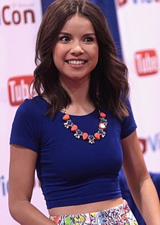 Ingrid Nilsen American make-up artist and YouTuber
