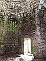 Intérieur du pigeonnier de Vaujoyeux.jpg