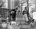 Italiaanse filmsterren Rossano Brazzi en Milly Vitale.Opnamen fontein door stor…, Bestanddeelnr 906-8517.jpg