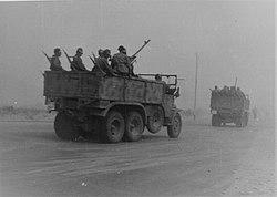 Italian column moving towards Alam el Halfa.jpg
