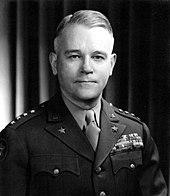 Photographie en noir et blanc de l'oncle de Michael Collins, Joseph Lawton Collins, en uniforme.