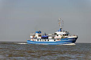 Jan Cux II (ship, 1978) 2012-by-RaBoe 05.jpg